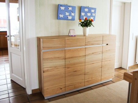 Sideboard in Kernbuche